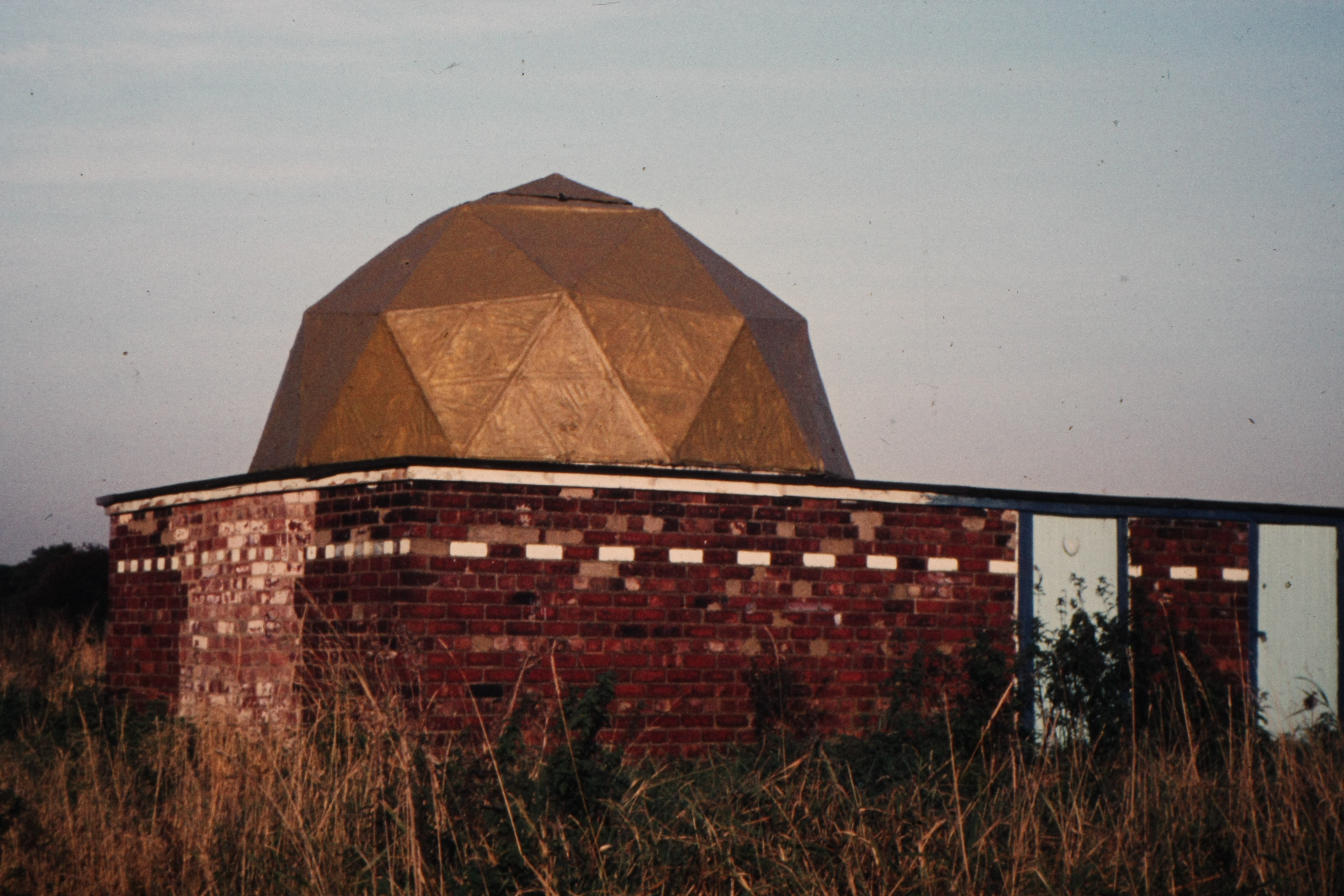 York Astro observatory with dome around 1977 at Acaster Airfield